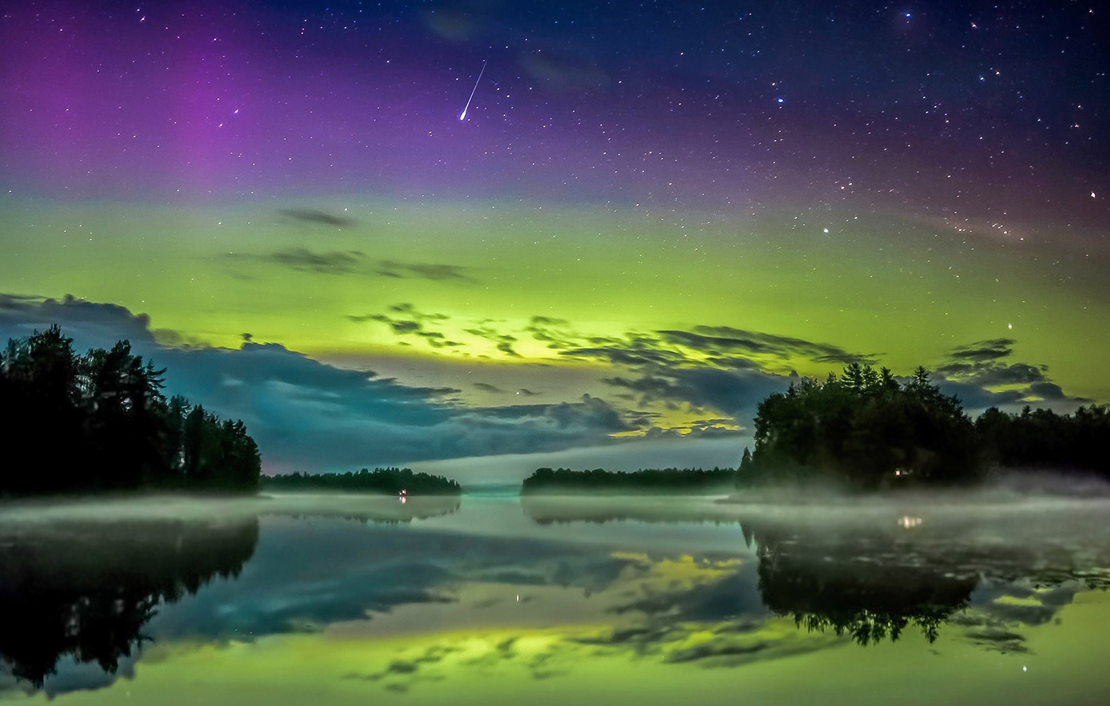 Aurora borealis in cottage [Photo: Asko Kuittinen]
